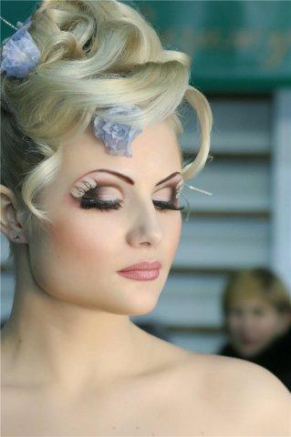Карандашная техника макияжа